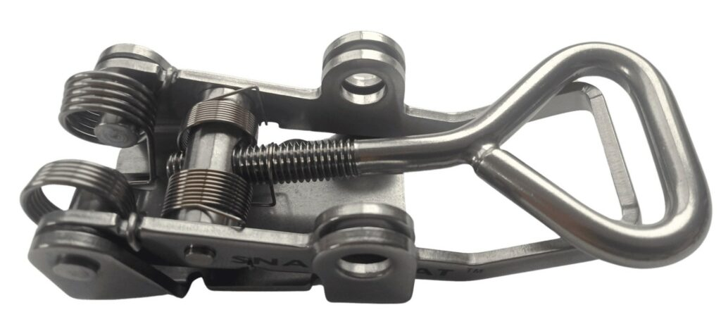 Side View photo of the Snap-Flat latch for Trailer & Ute Tray applications